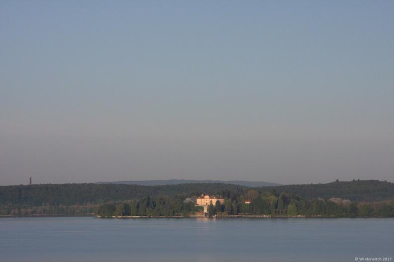 Blick von Ferienwohnung auf den See